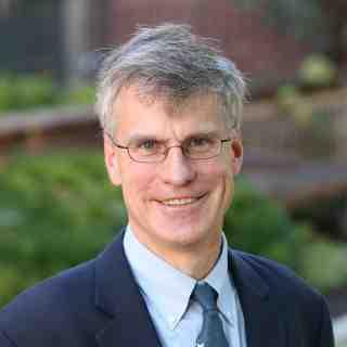 Larry Pratt
